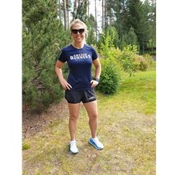 Sweden Runners Craft Nanoweight Shorts Wmn